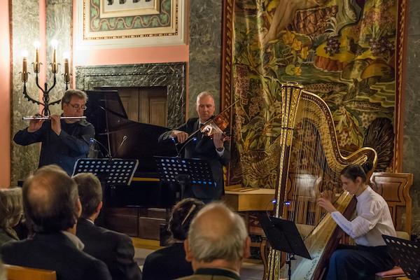 v.l.n.r.: Christoph Heptner, Querflöte; Bernhard Lindner, Viola; Regine Kofler, Harfe