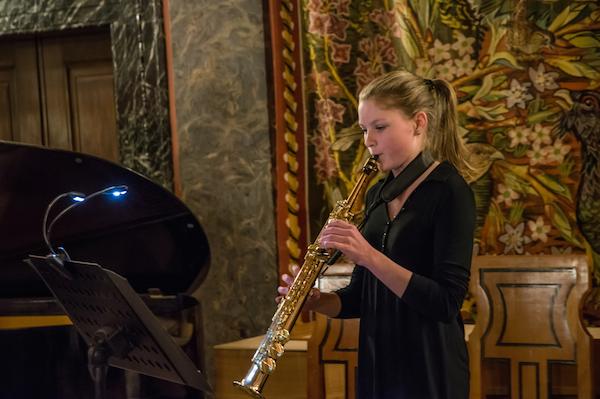 Laetitia Schwende, Saxophon